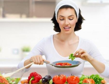 8大食疗原则 女性食补让疾病远离你